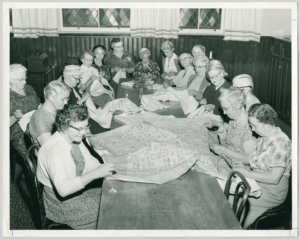 Women's quilting bee at St. Paul's Avenue Road United Church | Accession: 90.115P/1309